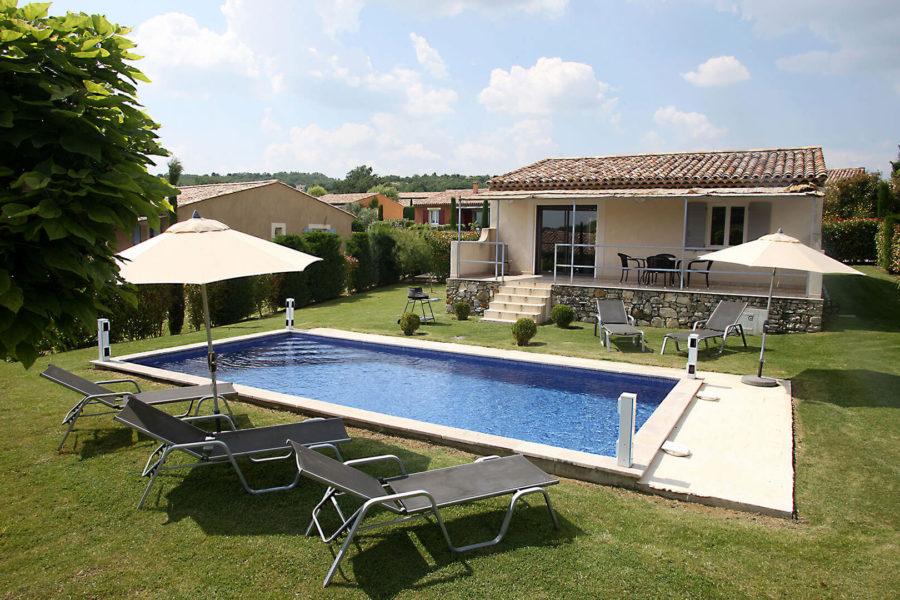 Louer villa vacances Provence | Villa blanche | Piscine chauffée