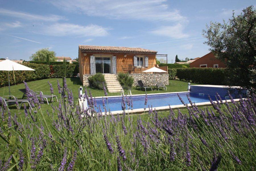 Location saisonnière maison Provence Alpes Côte d'Azur | Villa terre d'orange | T3 Jardin et piscine