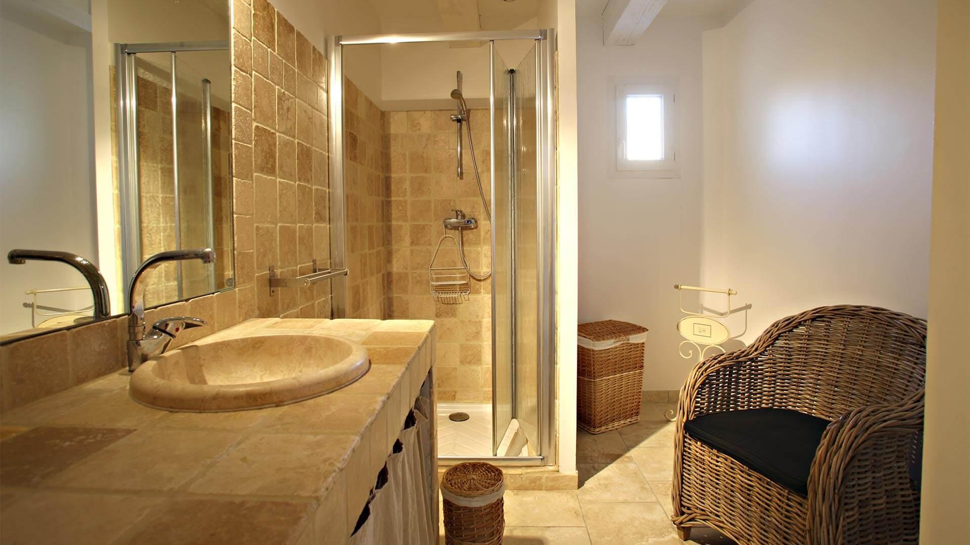 Location vacances T3 Forcalquier | Villa mon rêve | Salle de bain