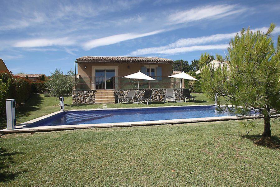 Louer maison de vacances T3 Haute Provence | Villa terre nature | Jardin et piscine