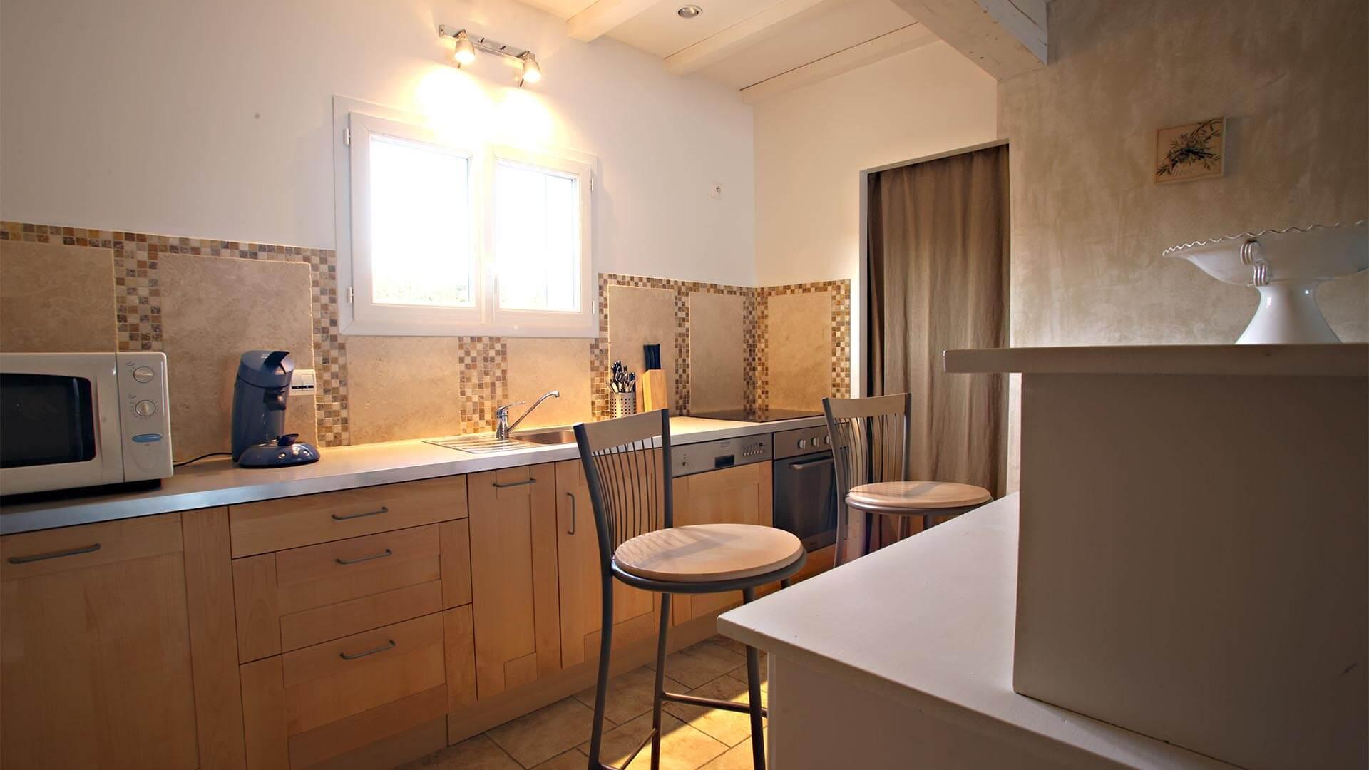 Location saisonnière T3 Provence Alpes Côte d'Azur | Villa mon rêve | Cuisine américaine
