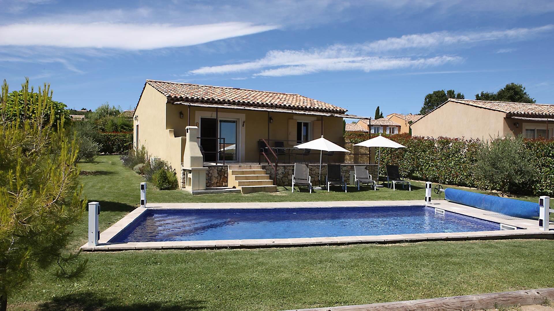 Location saisonnière T3 Alpes de Haute Provence | Villa mon rêve | Piscine chauffée