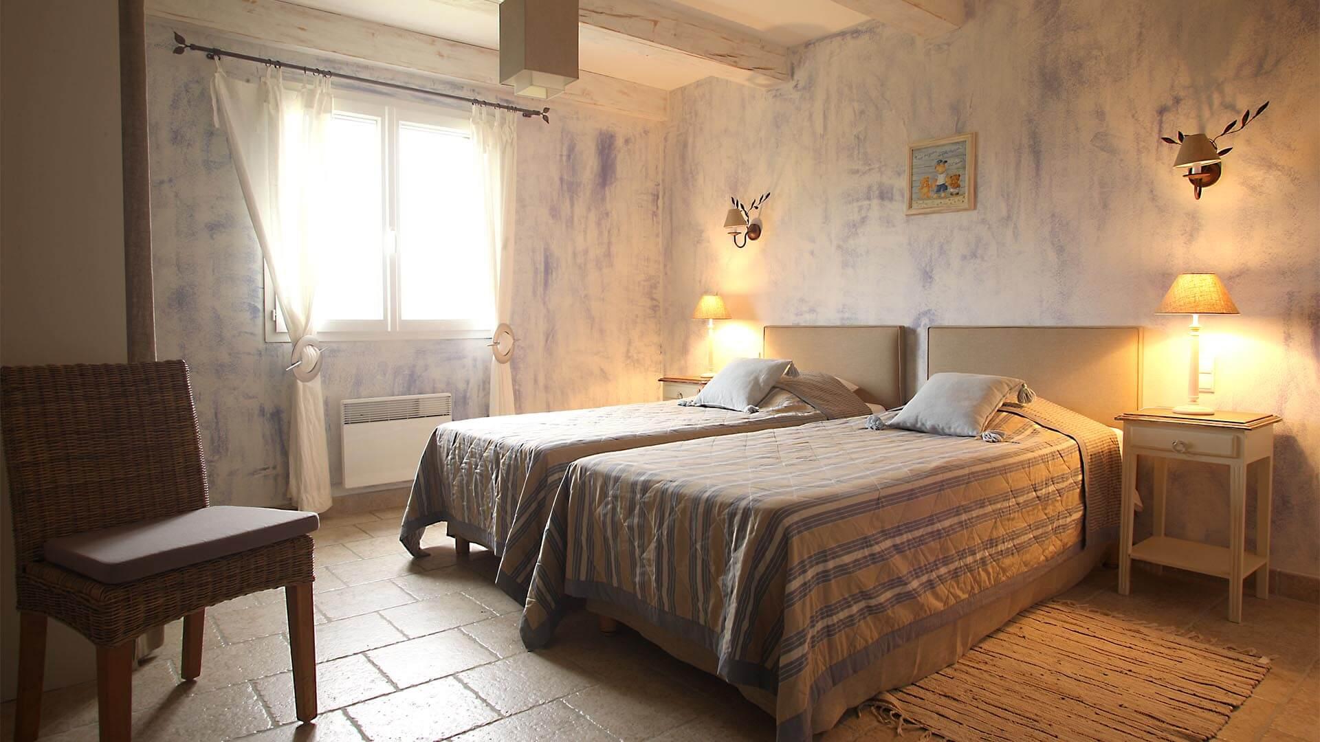 Louer maison de vacances Forcalquier | Villa terre d'ocre | Chambre deux lits