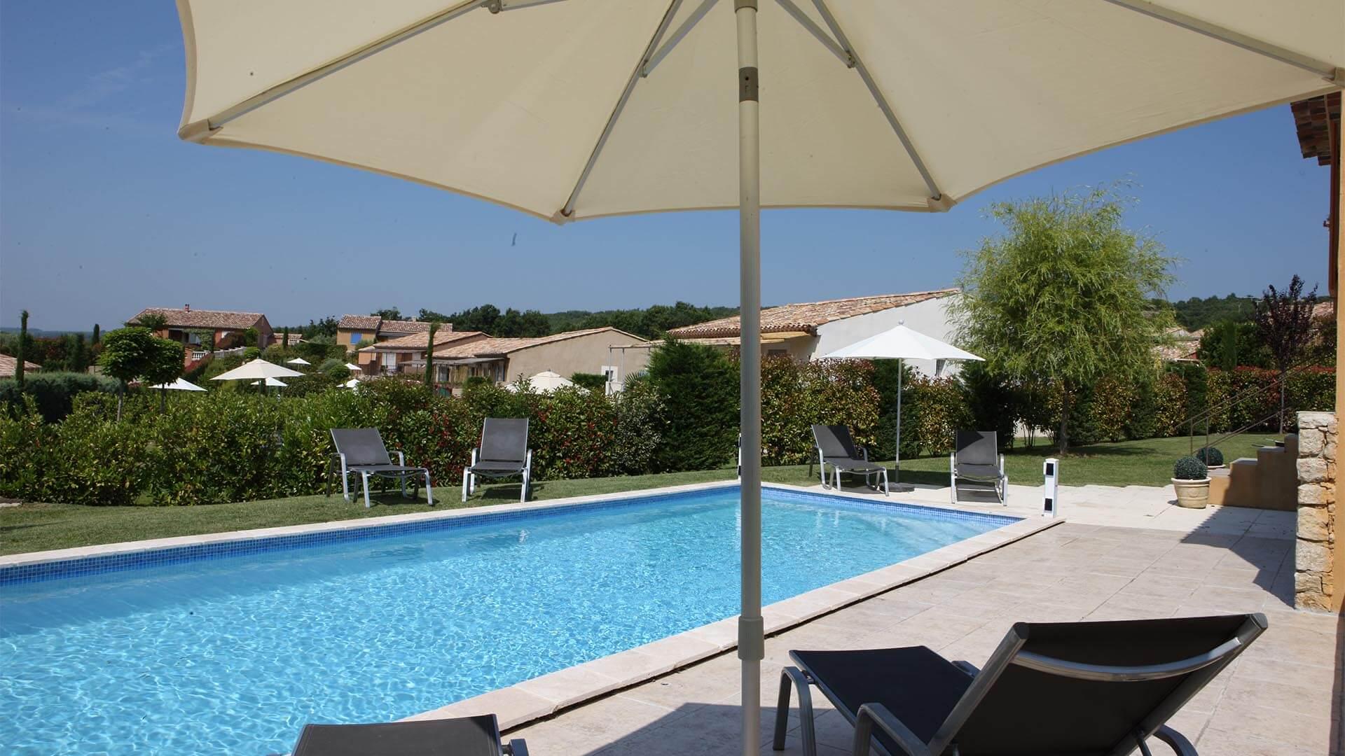 Maison de vacances à louer Alpes de Haute Provence | Villa les oliviers | Terrasse et piscine