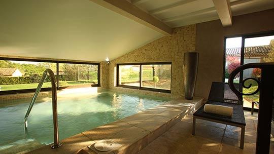 Spa Hotel La Bastide Saint Georges | Indoor pool